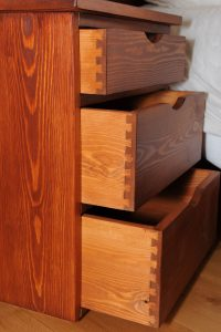 Bedside-Furniture-3-drawer-bedside-cabinet-2